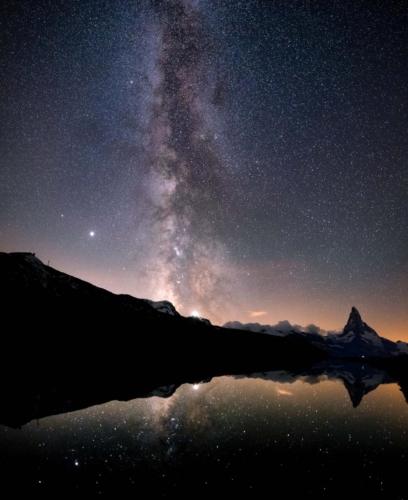 Switzerland_MilkyWayPano_Zermatt_Stellisee